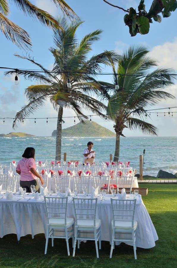 Preperations för att gifta sig festmåltid i karibiskt royaltyfri bild