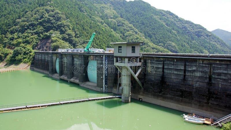 Presa de Futagawa en el río de Arita en Wakayama, Japón foto de archivo libre de regalías