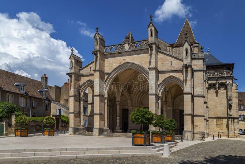 Presa de Notre de la catedral - Beaune - Borgoña - Francia fotografía de archivo