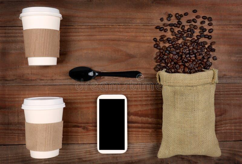 Presa-Fuori-caffè e fagioli fotografie stock libere da diritti
