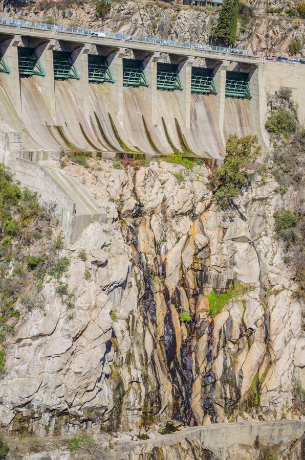 Presa hidroeléctrica foto de archivo