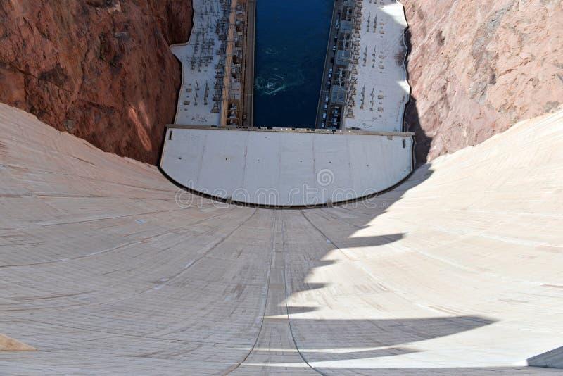 Presa Hoover, una señal hidroeléctrica masiva de la ingeniería situada en la frontera de Nevada y de Arizona fotos de archivo libres de regalías
