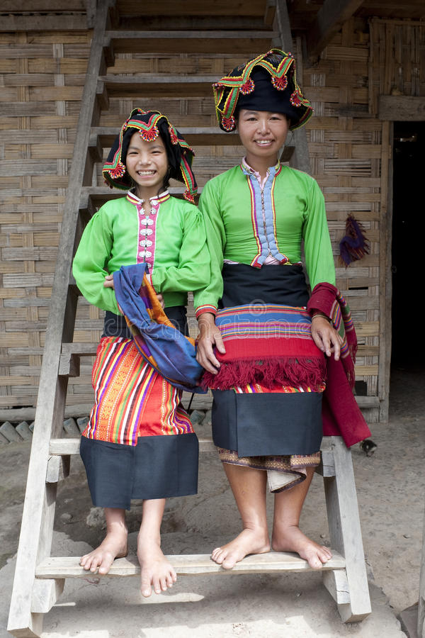 Presa tailandesa de la mujer asiática, Laos foto de archivo
