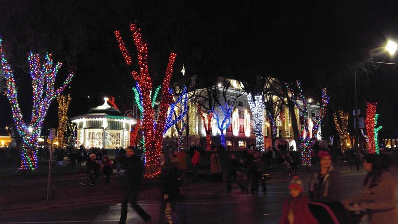 Prescott County Courthouse an der Weihnachtsbeleuchtung lizenzfreie stockfotografie