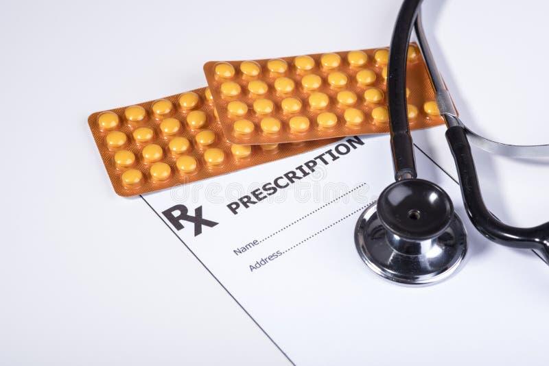 Prescrizione per i farmaci contro le malattie immagine stock libera da diritti