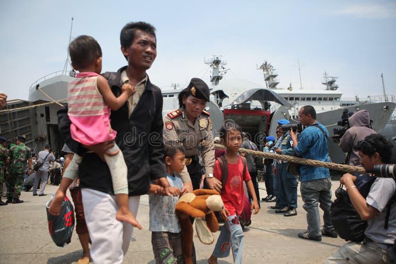 presença ilegal e ele ideologia desviantes em Indonésia imagens de stock royalty free