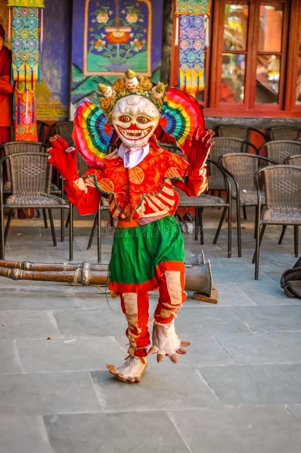 Presentación de la persona en máscara en Ladakh foto de archivo libre de regalías