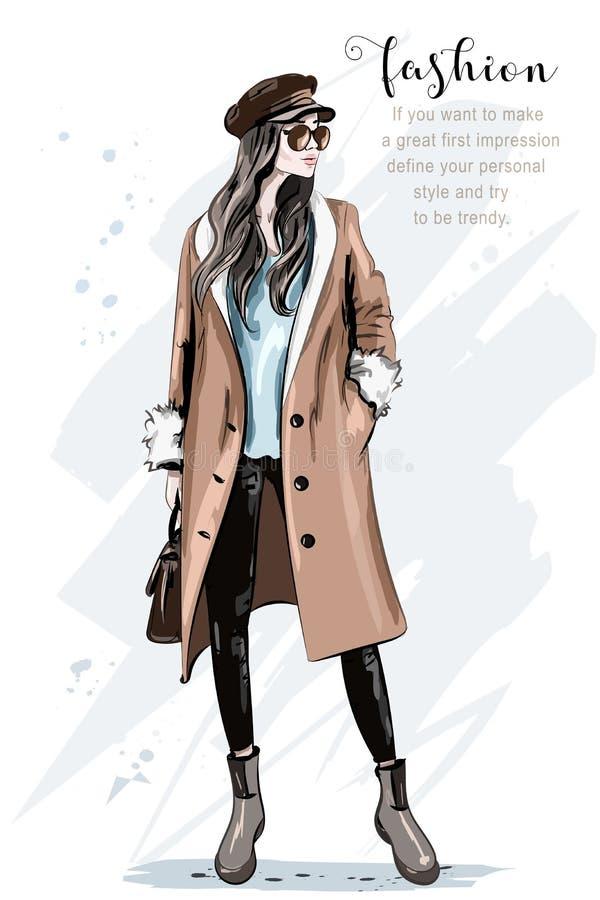 Presentación del modelo de manera Mujer hermosa elegante en capa y casquillo Mujer dibujada mano de la moda bosquejo ilustración del vector