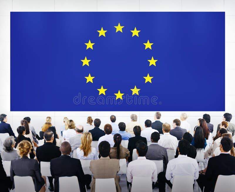 Presentación del negocio con la bandera de unión de Europa fotos de archivo