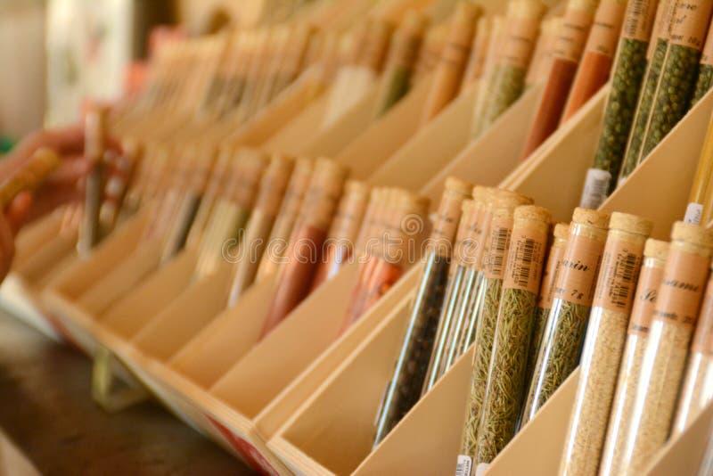 Presentaffär i Versailles kryddor arkivfoto