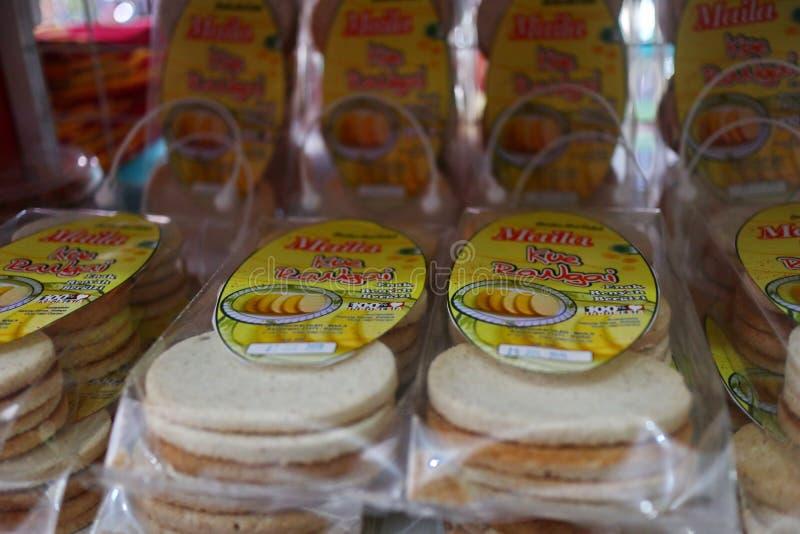 Presentaff?r i Banjarmasin, med en variation av lokala specialitetprodukter arkivfoto