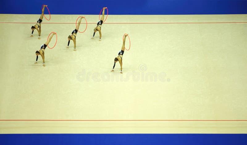 Presentatie van artistieke gymnastiekhoepel royalty-vrije stock foto