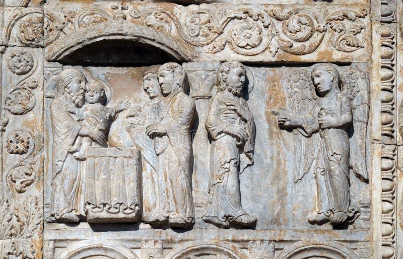 Presentationen av Jesus i templet och ängeln verkade till Joseph i en dröm att berätta honom att fly till Egypten arkivbilder