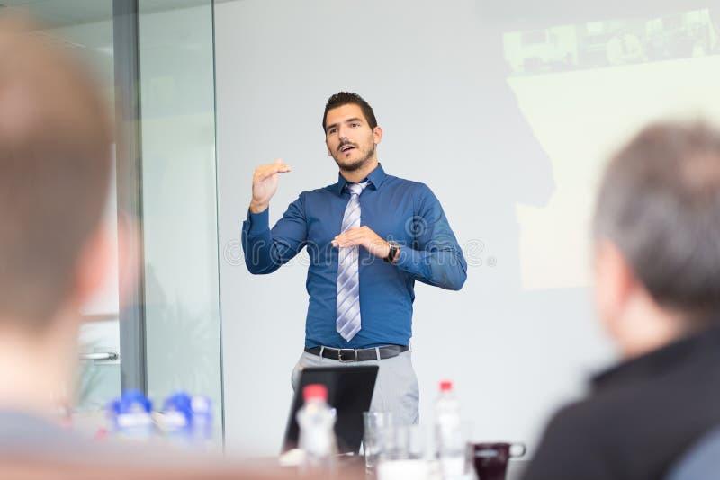 Presentazione di concetto e di strategia di affari sulla riunione corporativa fotografia stock libera da diritti