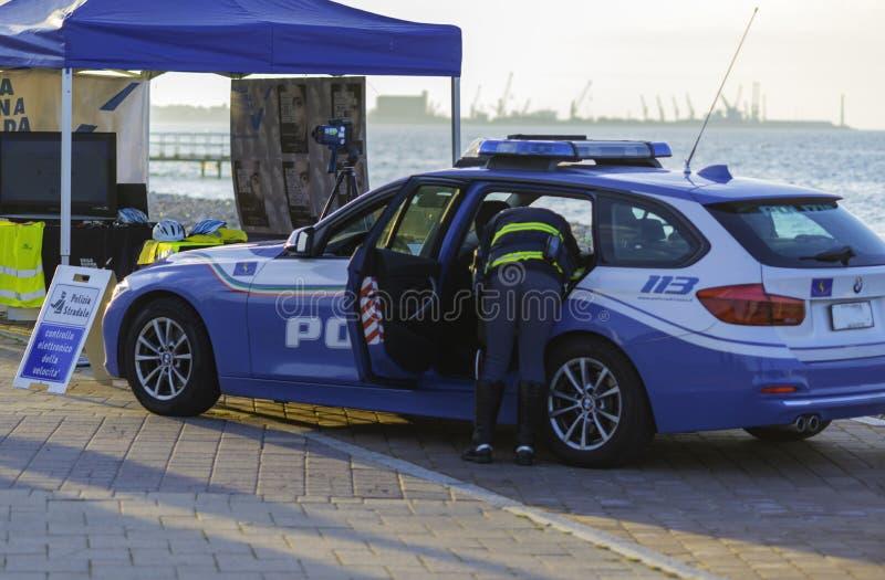 Presente del equipo de la policía de tráfico en fotografía de archivo