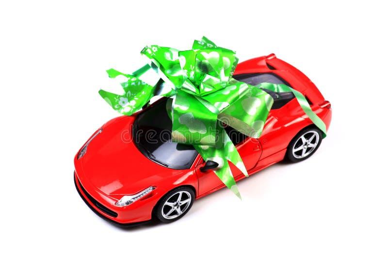 Presente do carro imagens de stock royalty free