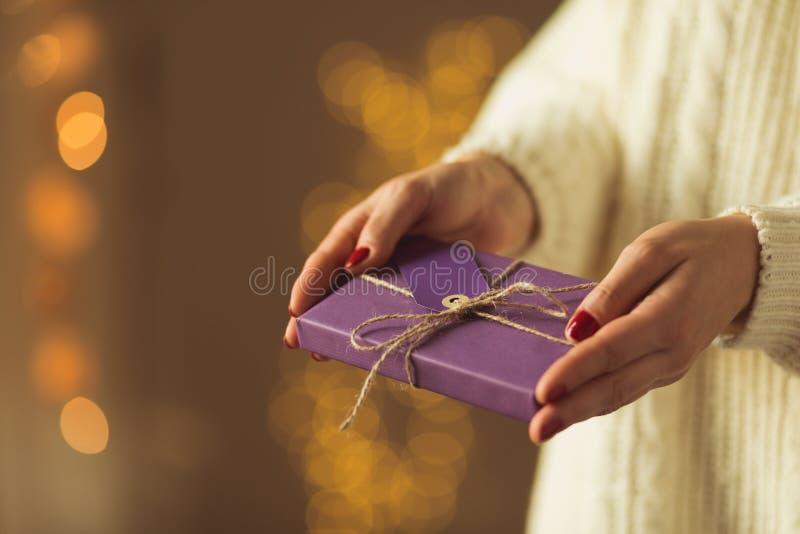 Presente para querido fotos de archivo libres de regalías