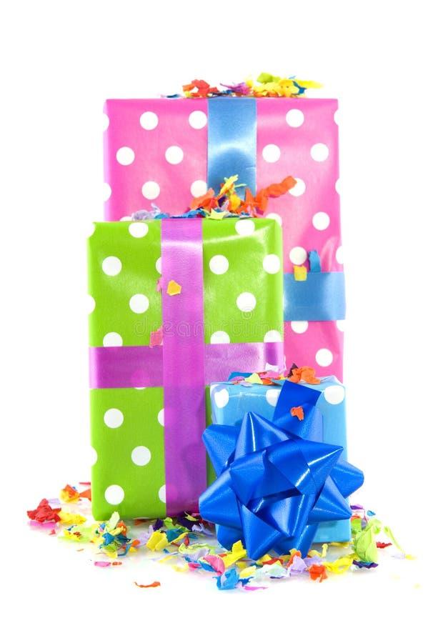 Presentes coloridos para el cumpleaños foto de archivo libre de regalías