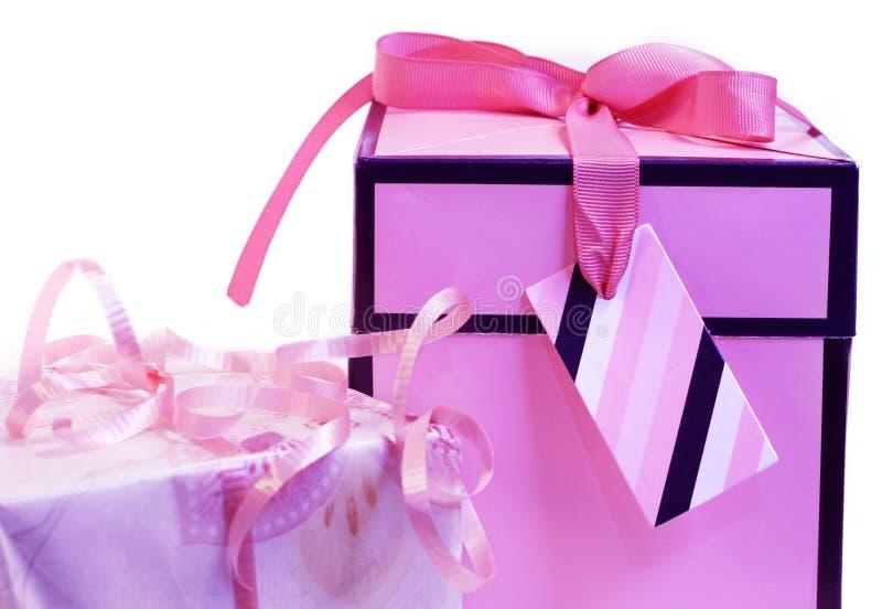 Presentes cor-de-rosa fotos de stock