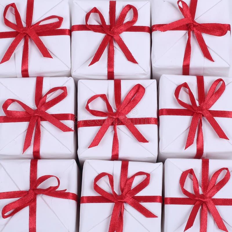 Presentes vermelhos pequenos fotografia de stock