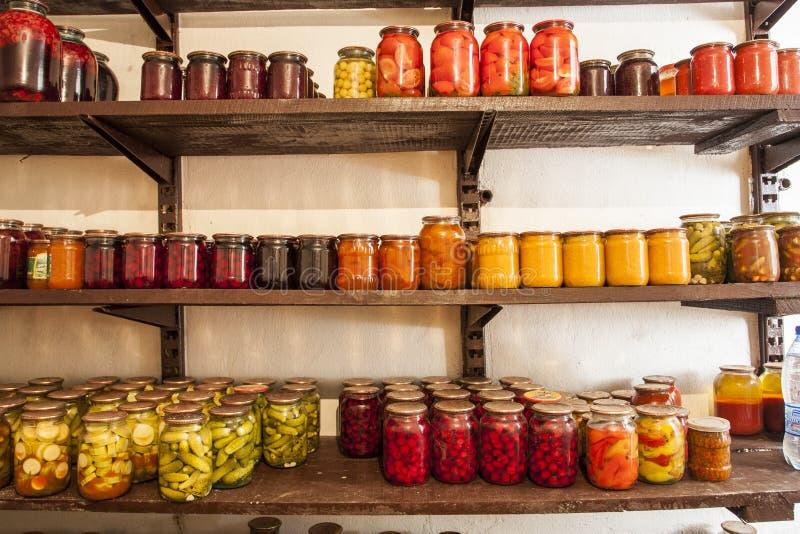Preservação da casa dos vegetais e do fruto fotos de stock