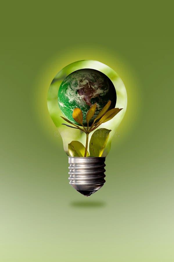 Preservando a natureza com a ajuda da economia de energia imagens de stock