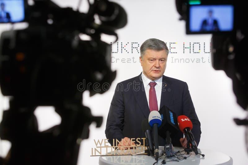 President av Ukraina Petro Poroshenko i Davos arkivbilder