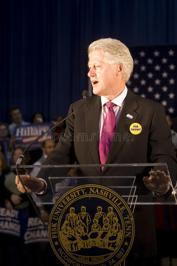 Download President Bill Clinton Giving Speech Editorial Photography - Image: 16579102