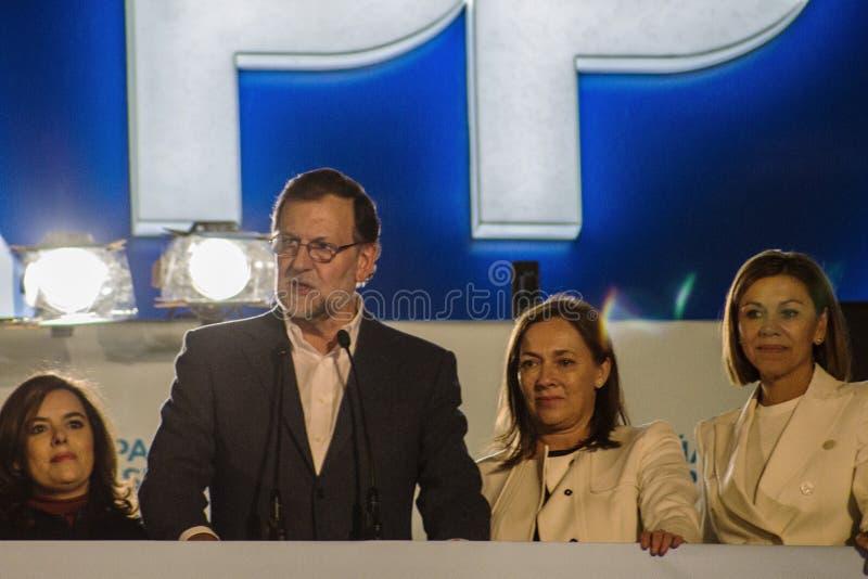 Presidente Mariano Rajoy e discurso dos ministros que comemora resultados de eleição fotografia de stock royalty free