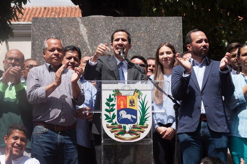 Presidente provvisorio del ³ del Venezuela Juan Guaidà che parla ad una riunione di città a Caracas immagini stock libere da diritti