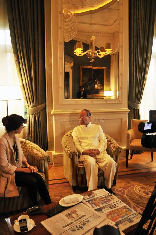 Presidentes Chen Feng do grupo de HNA, multimilionário chinês no hotel de Dolder em ricos do ¼ de ZÃ imagens de stock