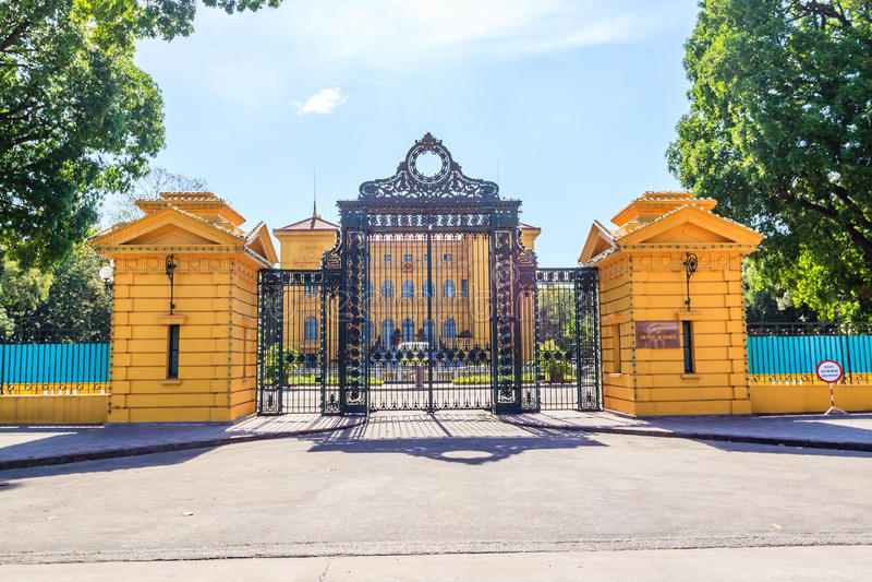 Presidenthus av Vietnam i Hanoi huvudstad fotografering för bildbyråer
