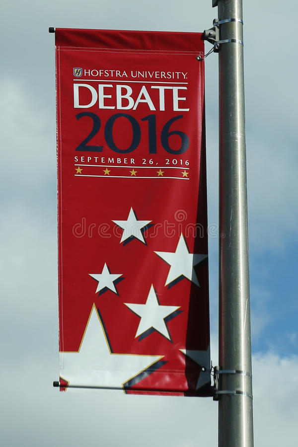 Presidents- debattbaner 2016 på det Hofstra universitetet i Hempstead, New York royaltyfria bilder