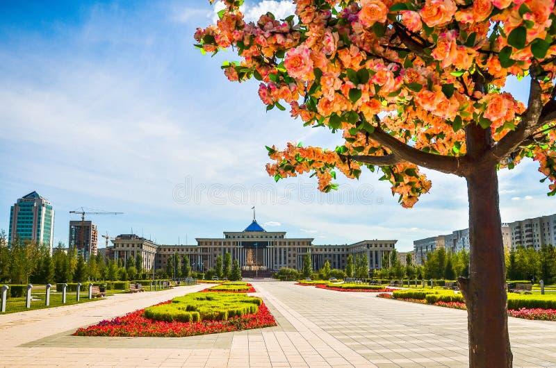 Presidentslott på Astana, republik Kasakhstan arkivbilder