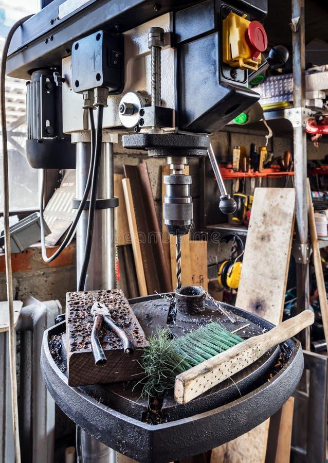 Press för elektrisk drillborr royaltyfri foto