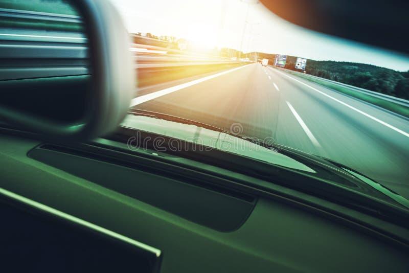 Pressa do carro da estrada imagem de stock royalty free