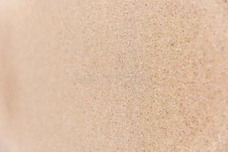 Pressande träflismaterial med kornig textur royaltyfri foto