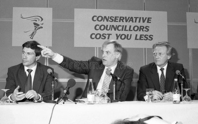 Pressekonferenz der konservativen Party stockfotografie