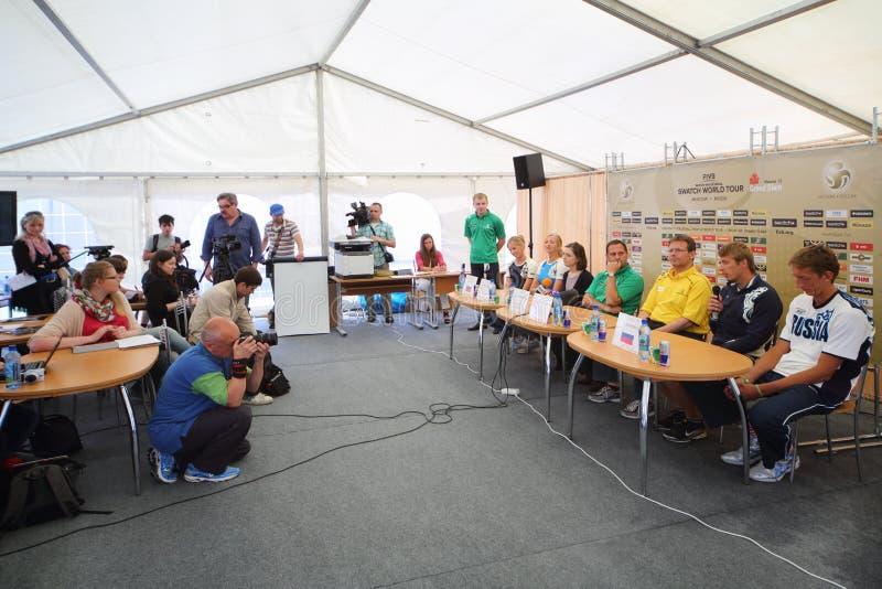 Pressekonferenz mit russischen Teilnehmern des Wettbewerbs vor Turnier Grand Slam lizenzfreies stockbild