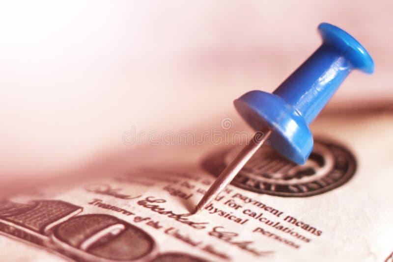 A pressione blu sui soldi immagine stock libera da diritti