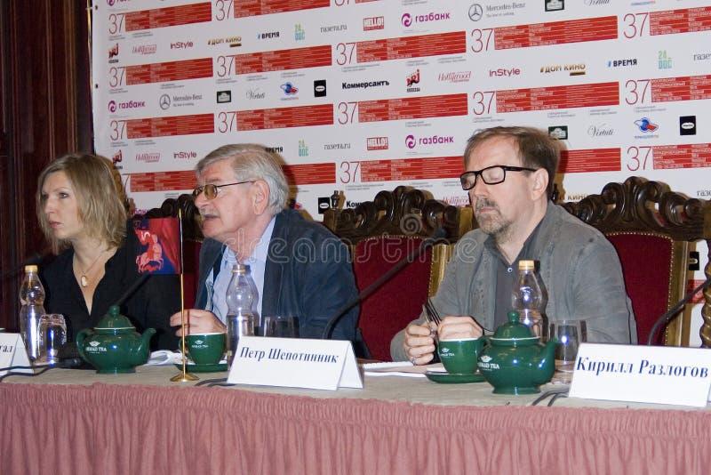Presskonferens av den 37th MoskvaInternationalfilmfestivalen royaltyfri fotografi