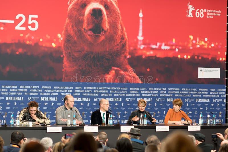 Presskonferens för `-ung ogift kvinna` under den 68th Berlinale filmfestivalen arkivbild