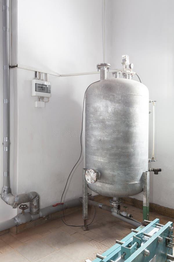 Download Pressure vessel stock image. Image of metal, machine - 30813161