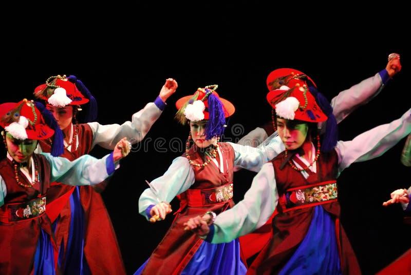 Prestaties van de Koreaanse traditionele dans van Busan royalty-vrije stock foto