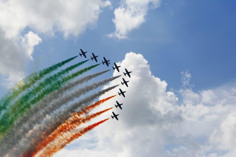 Prestaties van het vliegende team van Italië royalty-vrije stock foto's