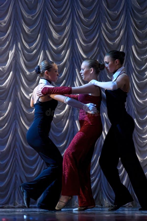 Prestazione di ballo moderno fotografie stock