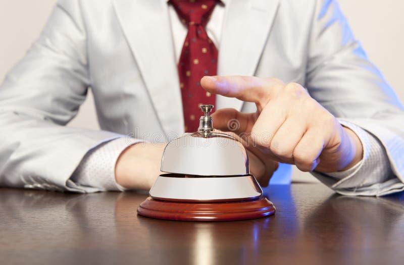 Preste serviços de manutenção ao sino no hotel fotos de stock royalty free