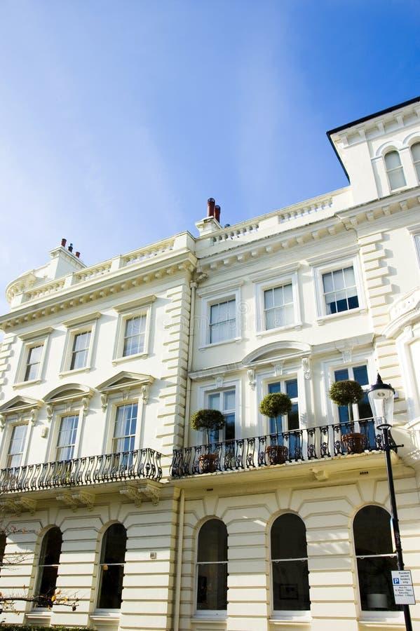 Prestige-London-Häuser lizenzfreie stockfotografie