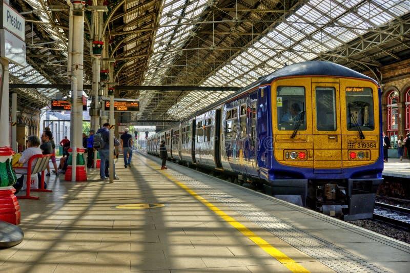 Preston stacja kolejowa W P??nocno Zachodni Anglia fotografia stock