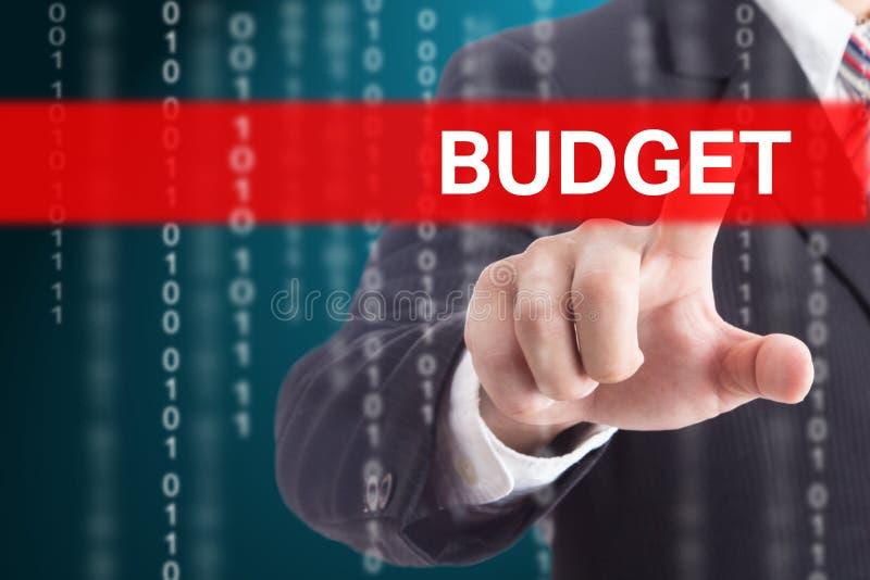 Presupuesto conmovedor del hombre de negocios fotografía de archivo libre de regalías